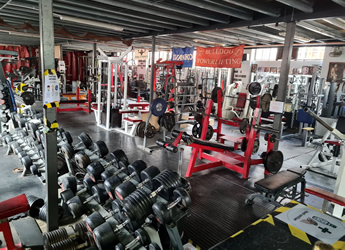 Genesis Gym London: Hardcore powerlifting, bodybuilding, strong man and strenght sports gym